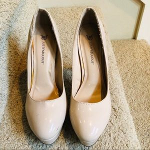 Just Fab Heels size 8 tan/cream